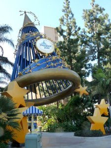 Entrance to Disneyland Hotel - photo by E Jurus