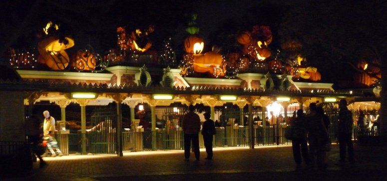 Entrance to Disneyland on Halloween night - photo by E. Jurus