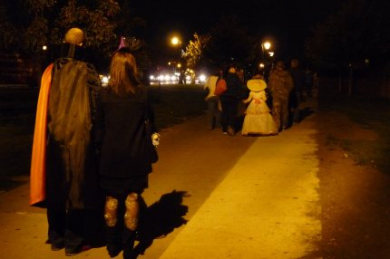 Attendees begin arriving in costume for the 8pm entry time - photo by E Jurus