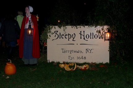 Entrance to the Sleepy Hollow haunted forest  - photo by E Jurus