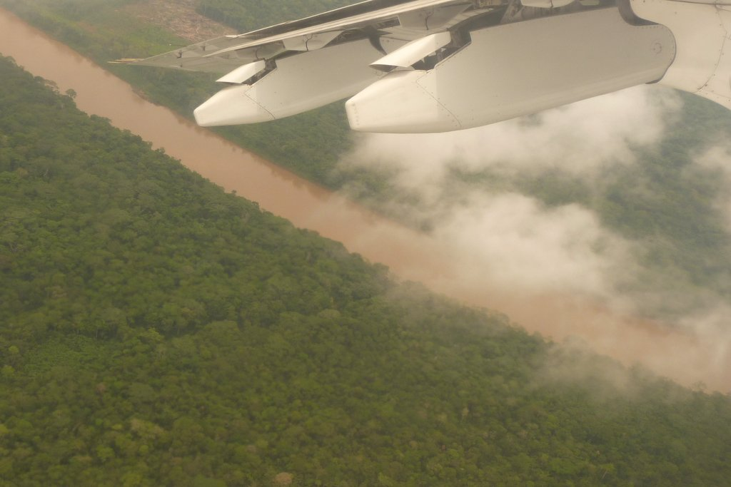 Flying over the Amazon Basin - photo by E. Jurus
